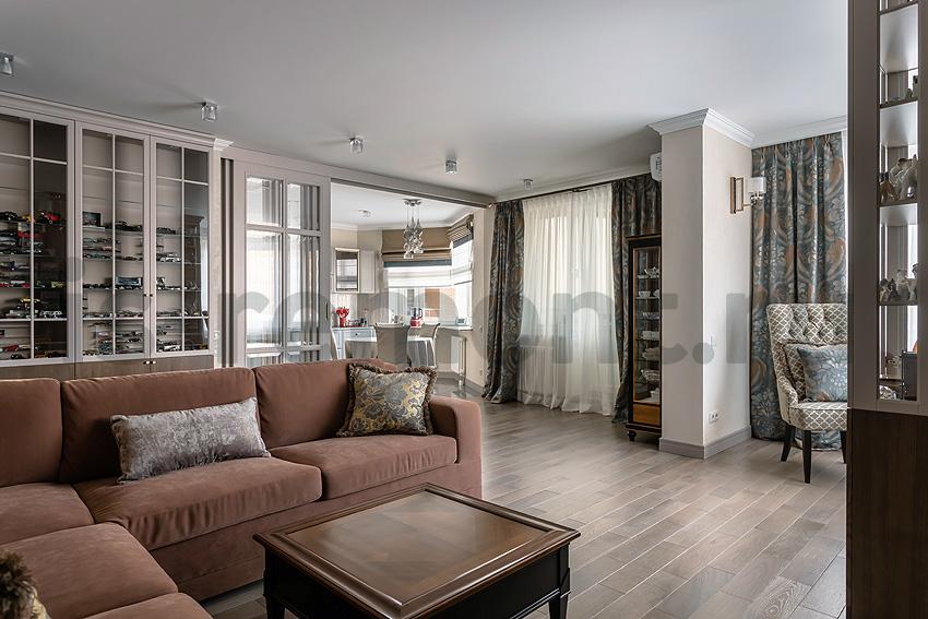 Дизайн и ремонт жилой квартиры на ул. Удальцова, Гостиная и кухня